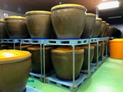 陶製のかめ